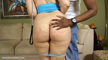 Африканец трахнул жёнушку перед мужем