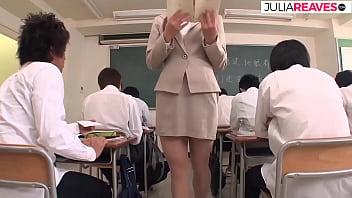 Ушлый массажист от имел русскую молоденькую девчушку