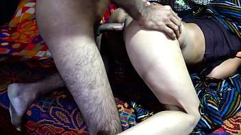 Пацан выпорол привязанную шлюху по попке и жестко вдул ей в рот и половую щелочку